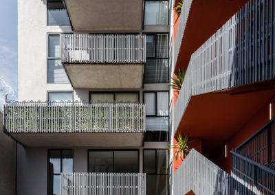 Escaleras y terrazas © Onnis Luque