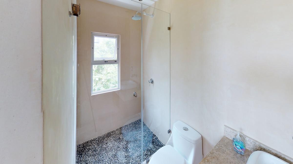 Yqk1kf1489P - Bathroom